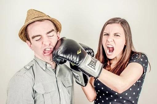 Afstortingsplicht PEB bij echtscheiding. DGA met niet-coöperatieve proceshouding snijdt zichzelf in het vlees